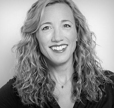Dr. Christine Carter Headshot